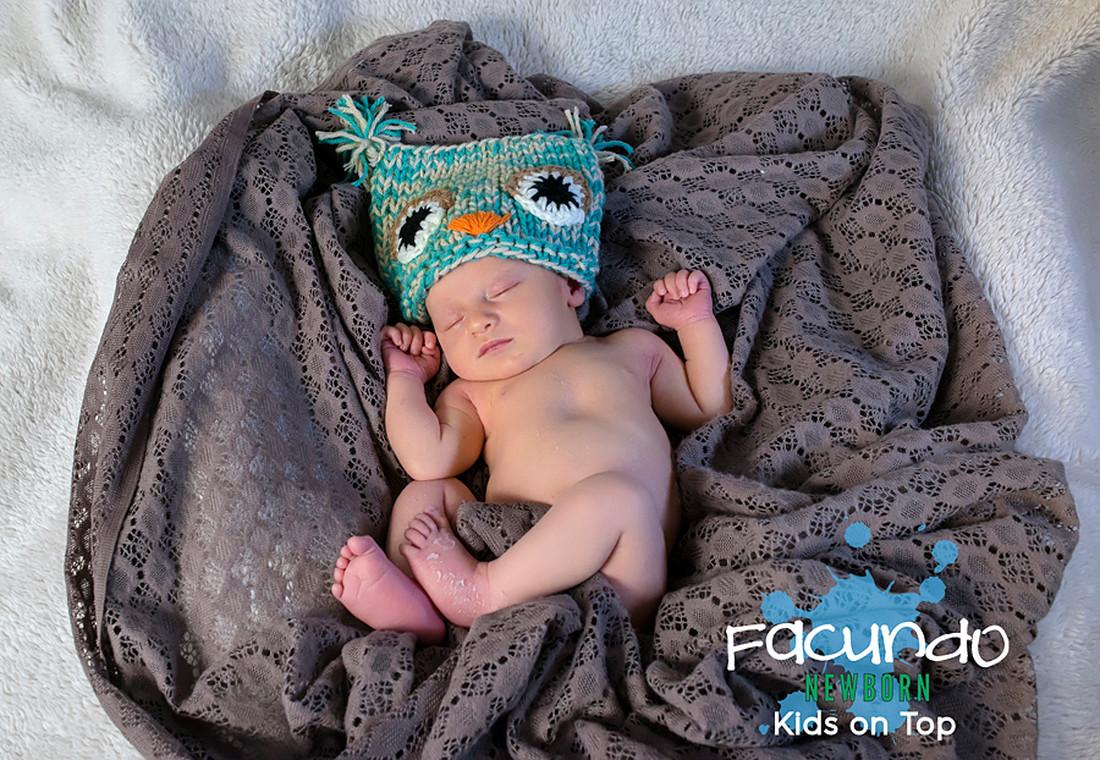004infantiles-kidsontop-newborn-estudio-fotografico-bebes-fotos-embarazadas-cordoba-luiggibenedetto-