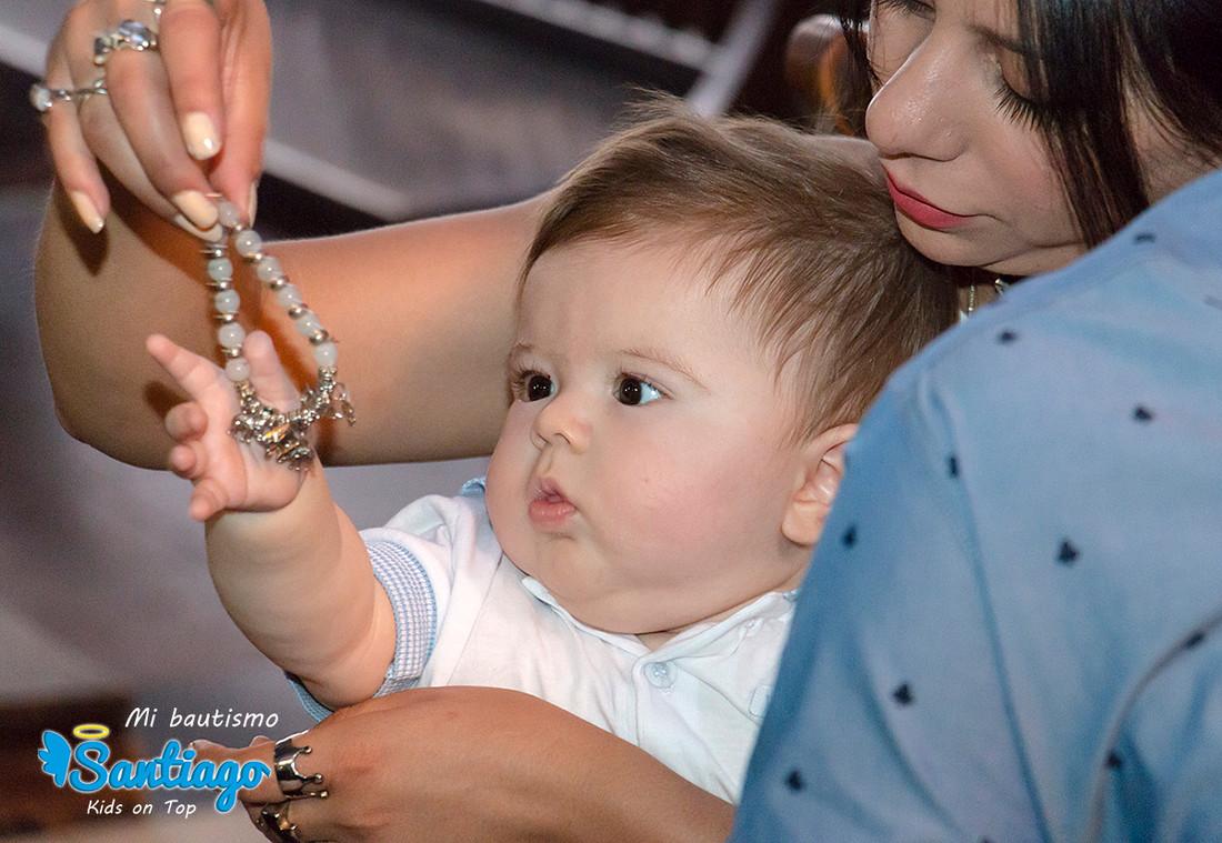 bautismo-loscapuchinos-fotos-iglesia-bebe-fotografia-luiggi-benedetto-cordoba-argentina-0002