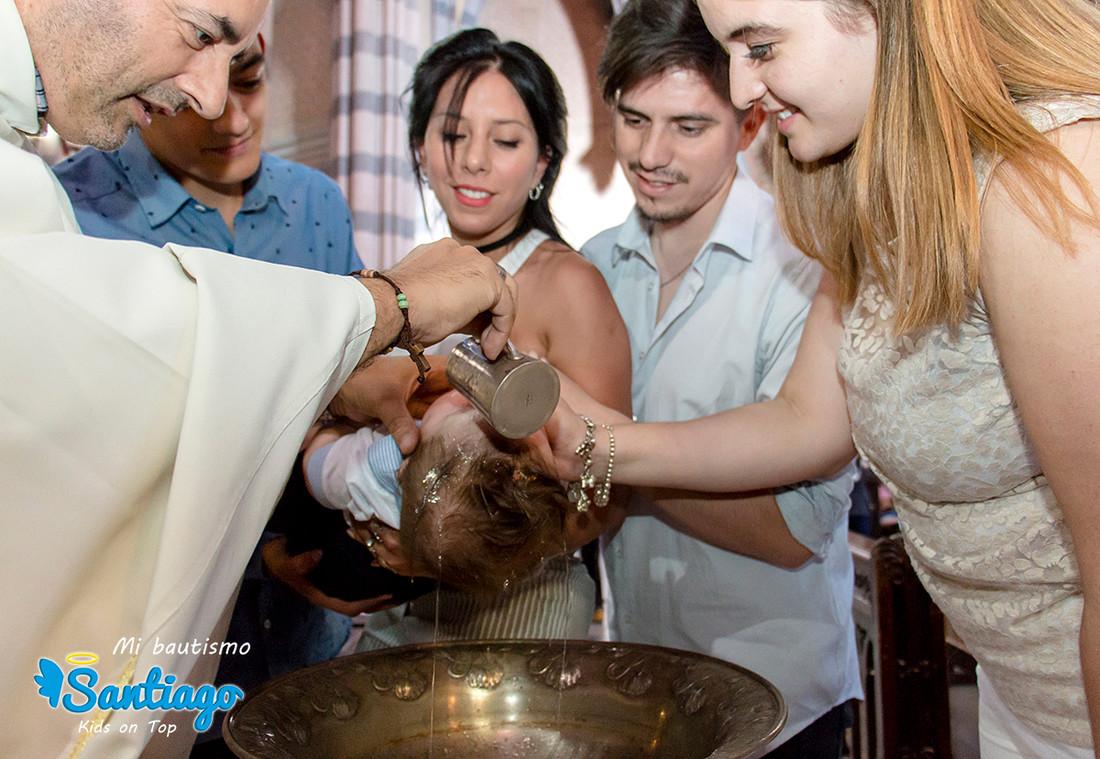 bautismo-loscapuchinos-fotos-iglesia-bebe-fotografia-luiggi-benedetto-cordoba-argentina-0006